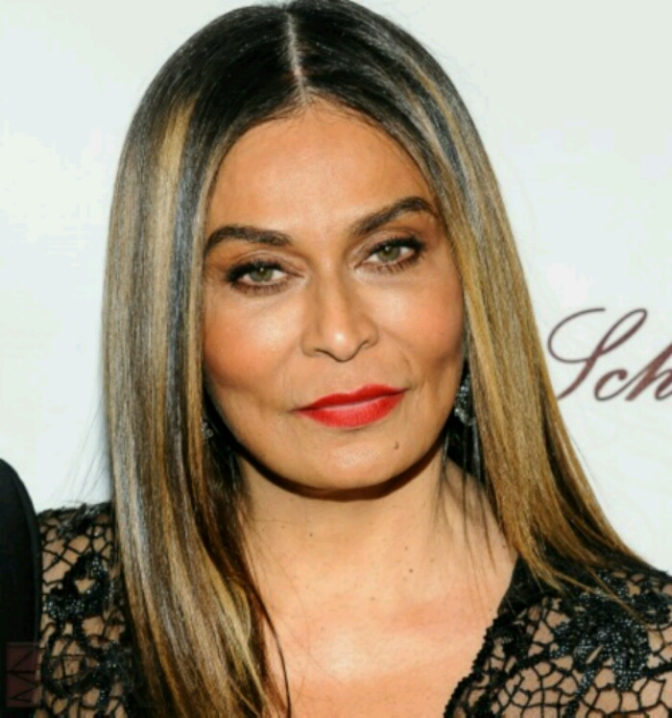 Tina Knowles-Lawson Celebrates Her BDAY w/ Beyonce & Solange