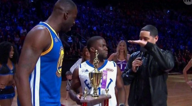 Kevin Hart Takes On Draymond Green In 3-Point Shootout