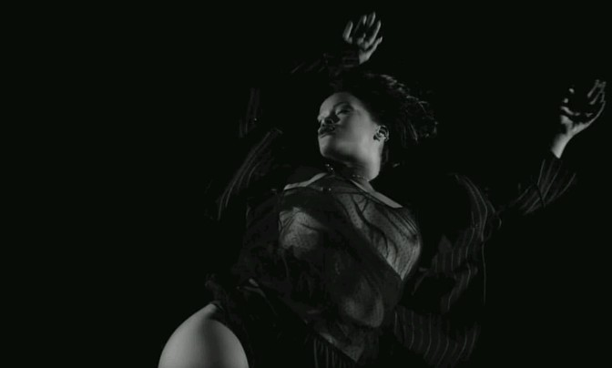 "The Best Shots From Rihanna's ""Kiss It Better"" Video"