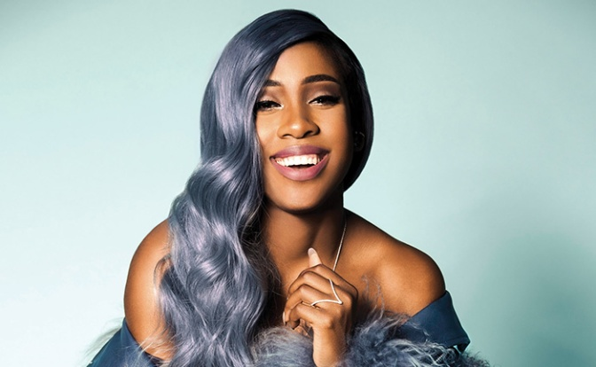 """Sevyn Streeter Pulled From Singing National Anthem For Wearing """"We Matter"""" Shirt"""