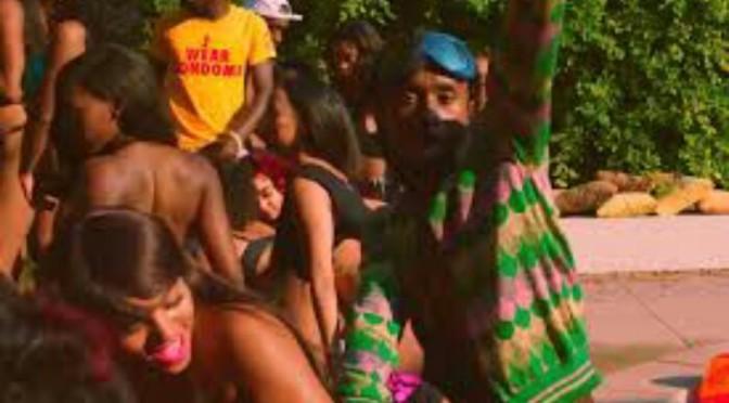 "(Video) Rae Sremmurd Feat. Juicy J ""Shake It Fast"""