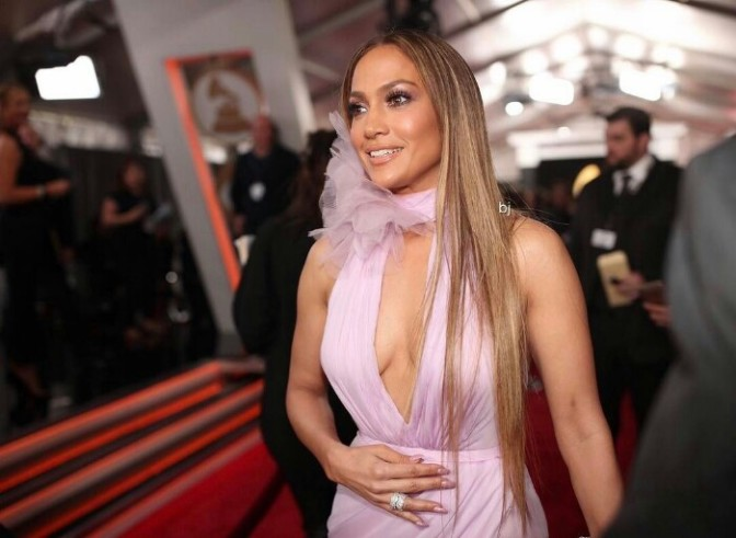 Jennifer Lopez  Talks About Her Relationship with Drake