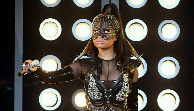Watch Nicki Minaj Kickoff the BBMAs