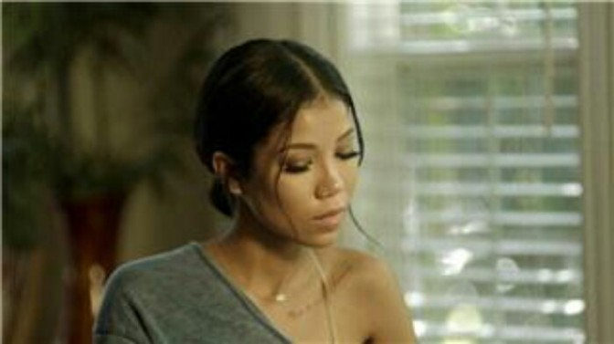 """(Video) Jhené Aiko """"While We're Young"""""""