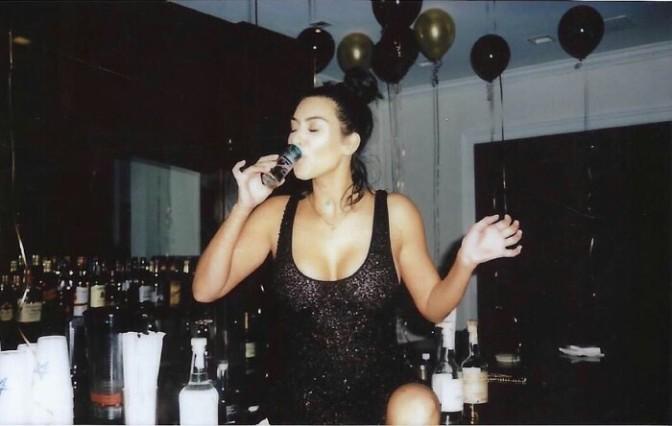 Kim Kardashian Servin BAWDY