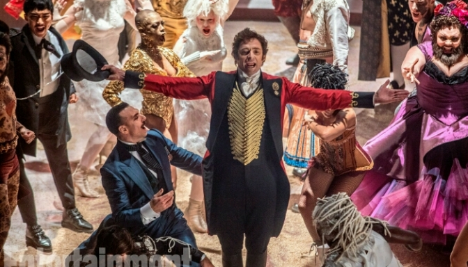 "(Trailer) ""The Greatest Showman"" Starring Hugh Jackman, Michelle Williams, Zendaya & More"