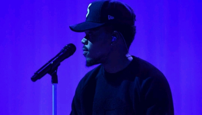 "Chance The Rapper Performs NEW Song On ""The Late Show"""
