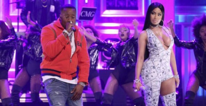 "Nicki Minaj & Yo Gotti Perform ""Rake It Up"" on Fallon"