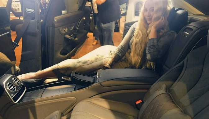 Iggy Azalea For Mercedes Benz