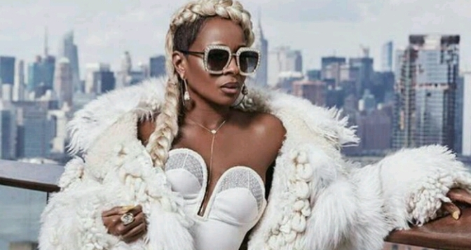 Mary J. Blige Covers ESSENCE