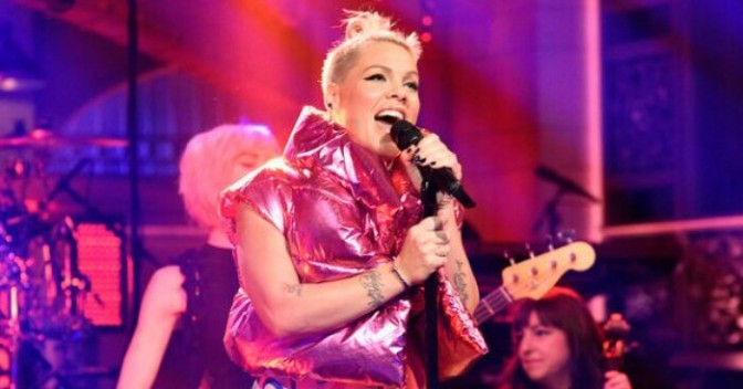 P!nk Performs On Saturday Night Live