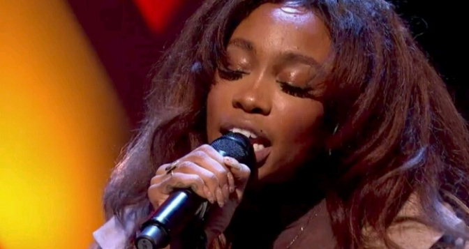 "SZA Performs ""Normal Girl"" On Later… with Jools Holland"