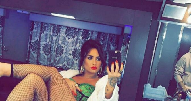 Demi Lovato Lookin Like a Snack