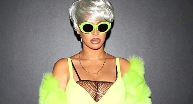 Beyonce As Lil Kim For Halloween