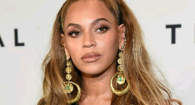 """Beyonce Lands at #4 On Forbes' """"Most Powerful Women in Media & Entertainment"""" List"""