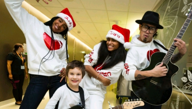 Ciara & Kelly Rowland Sing Christmas Carols At Seattle Children's Hospital