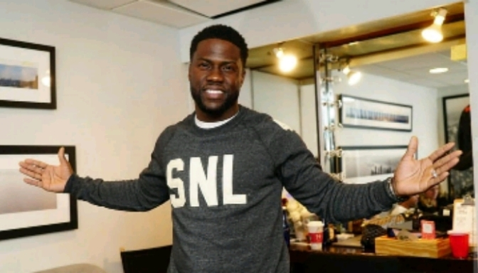 Kevin Hart Stars On SNL