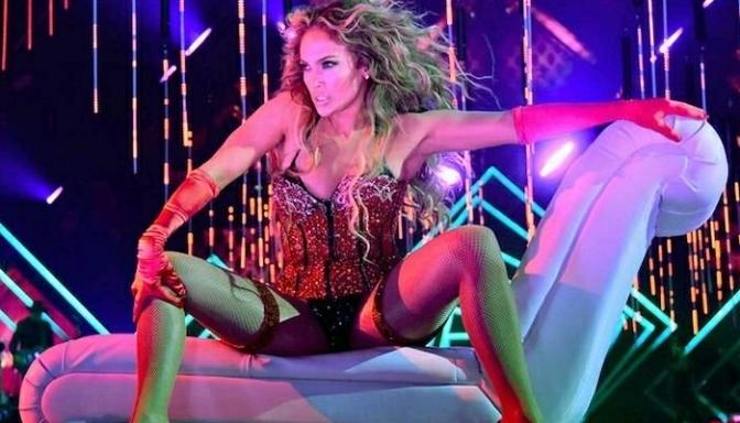 Jennifer Lopez Performs at Pre-Super Bowl Concert