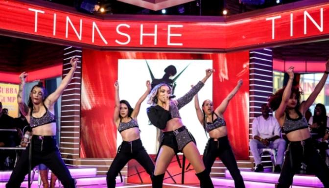 "Tinashe Performs ""No Drama"" On GMA"