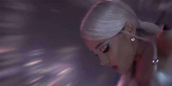 """(Video) Ariana Grande """"No Tears Left To Cry"""""""
