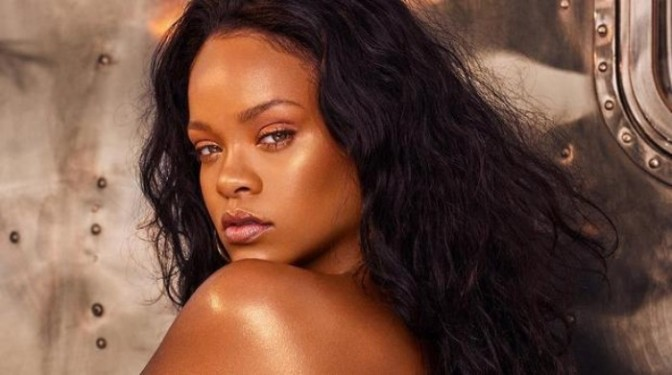 Rihanna Promises NEW Music