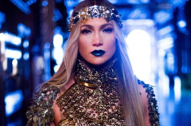 Jennifer Lopez Lookin Like a Snack
