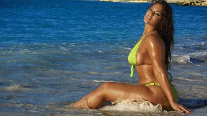 Outtakes From Ashley Graham's 2018 #SISwim Shoot