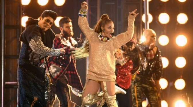 Janet Jackson Performs Medley at BBMAs