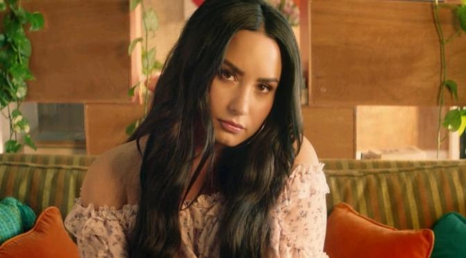 """(Video) Clean Bandit Feat. Demi Lovato """"Solo"""""""