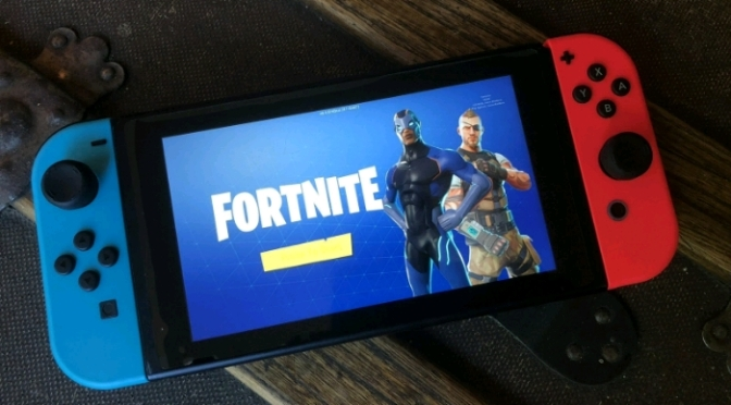"(Trailer) ""Fortnite"" on Nintendo Switch"